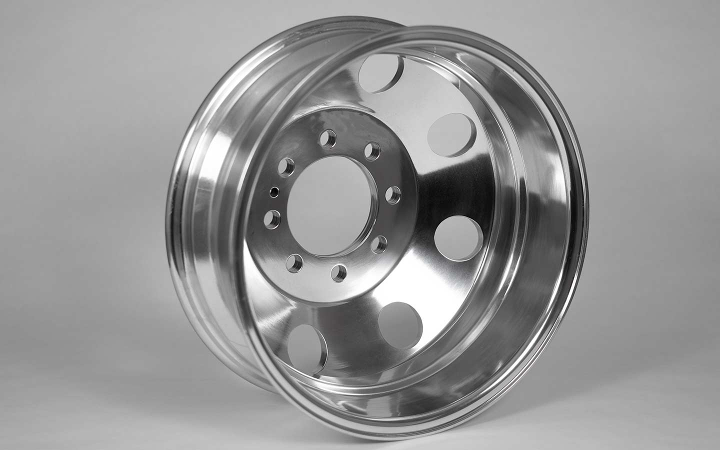 17 Inch Aluminum Dually Wheel